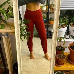 EUC Lululemon rust leggings size 6